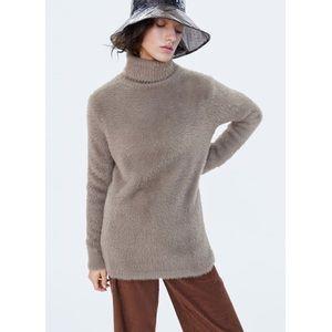 Zara brown fuzzy turtleneck oversized sweater